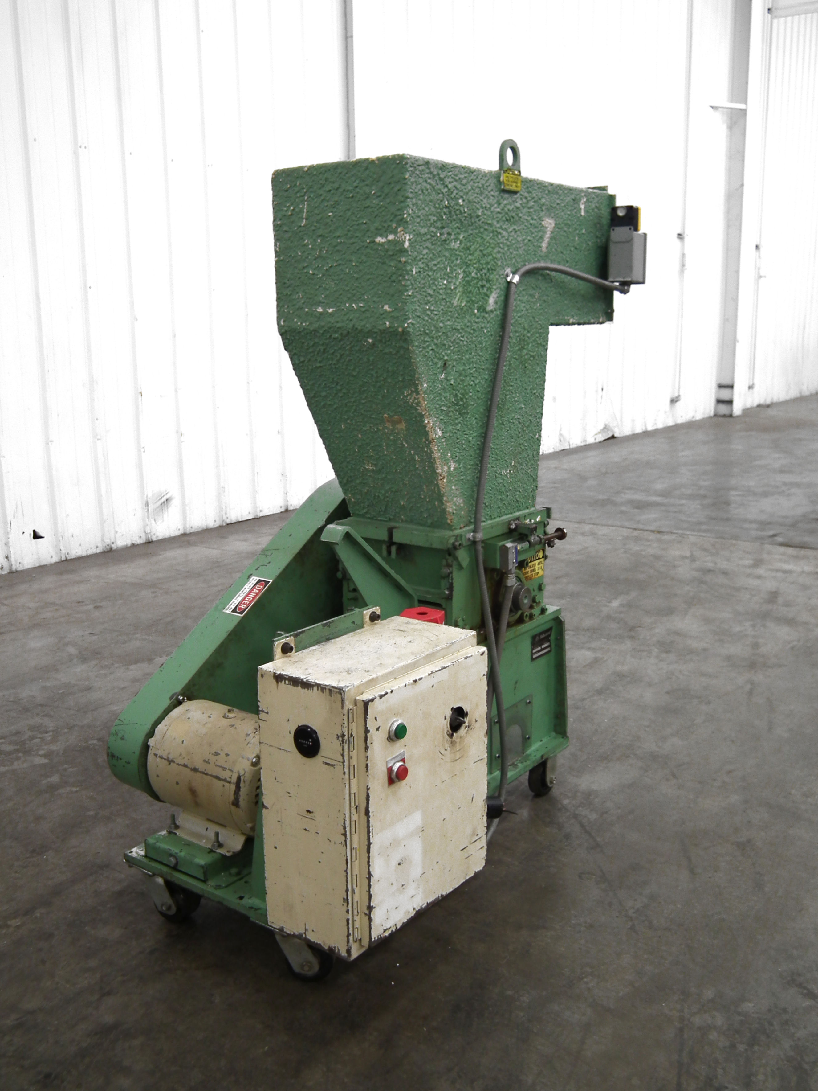 Ball and Jewell 1212SC Plastic Grinder B2811 - Image 3 of 10