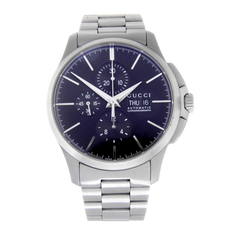 Lot 47 - GUCCI - a gentleman's chronograph bracelet watch.