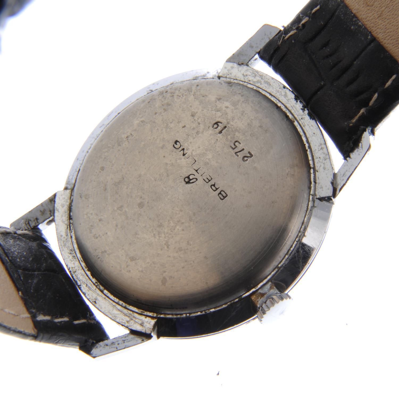Lot 16 - BREITLING - a gentleman's wrist watch.