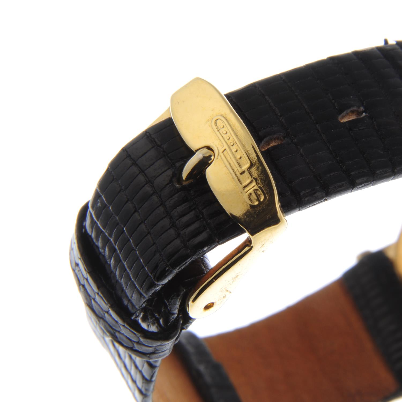 Lot 6 - BAUME & MERCIER - a mid-size Classima wrist watch.