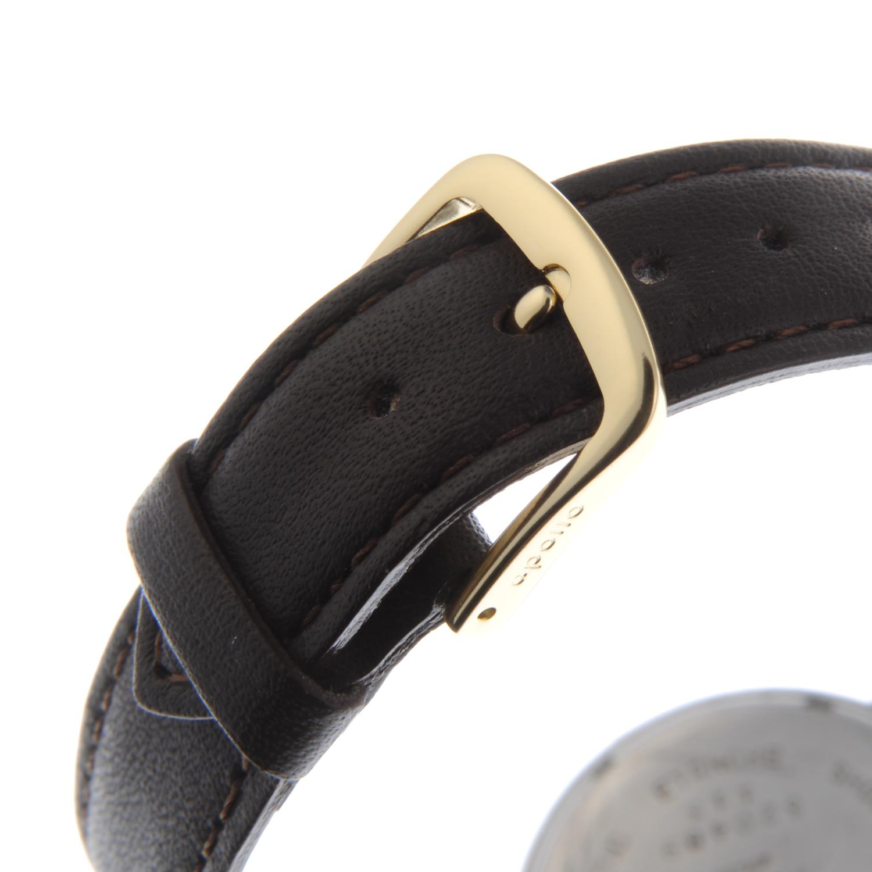 Lot 17 - BREITLING - a gentleman's wrist watch.