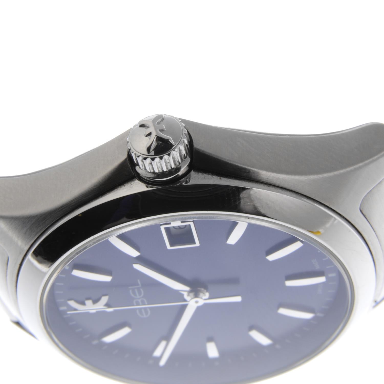 Lot 40 - EBEL - a gentleman's Wave bracelet watch.