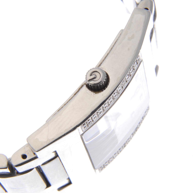 GUCCI - a gentleman's 7700M bracelet watch. - Image 3 of 4