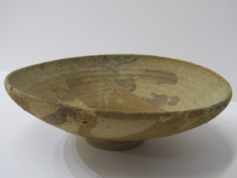 STUDIO POTTERY, Ian Godfrey collection of 4 bowls of various sizes and glazes - Image 4 of 6