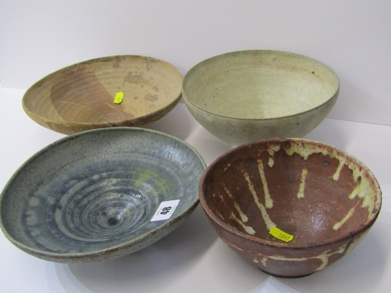 STUDIO POTTERY, Ian Godfrey collection of 4 bowls of various sizes and glazes