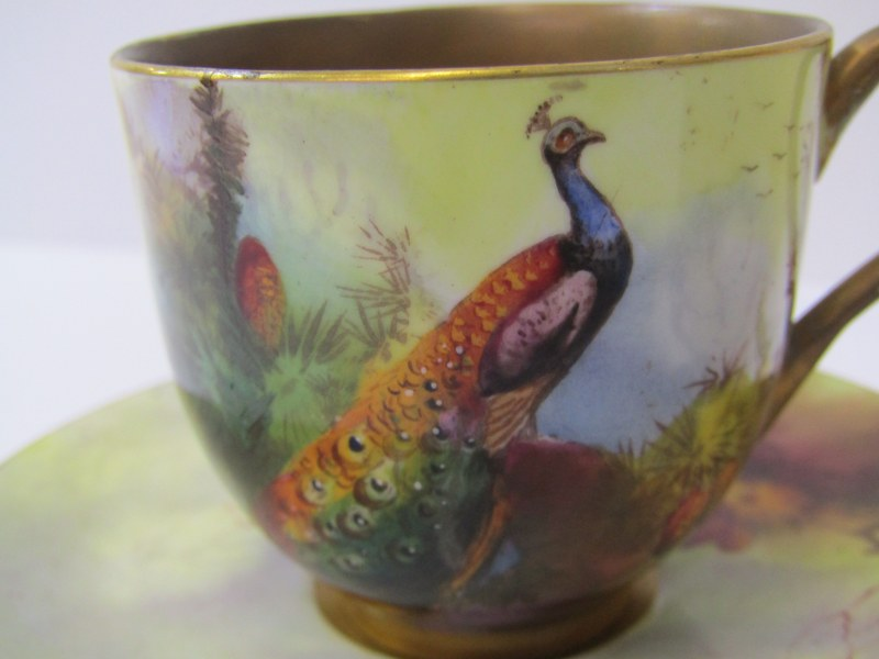 """ROYAL WORCESTER, STINTON, peach ground spherical posy painted with a Pheasent signed """"Jas Stinton"""" - Image 3 of 6"""