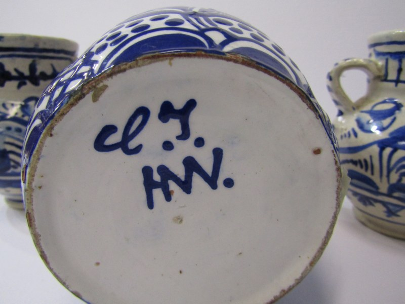 """DELFT, pair of twin handled bird & floral decorated 4"""" jars together with 1 similar floral decorated - Image 5 of 5"""