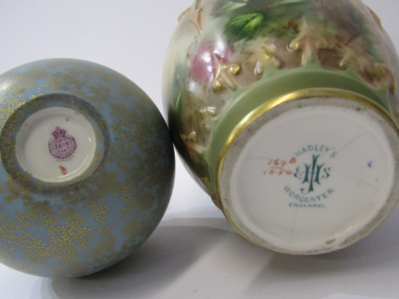 ROYAL WORCESTER, gilt blue ground spherical perfume flask; together with Hadley's Worcester rose - Image 3 of 3