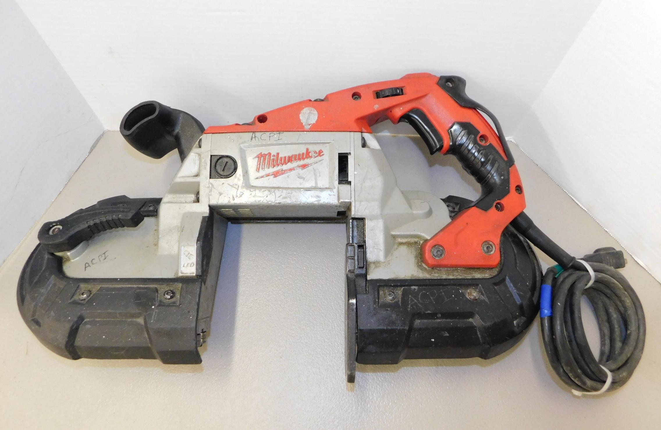 Lot 267 - Milwaukee Model 6232-20 Portable Bandsaw