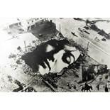 Sarah Schumann. Collage-politisch. Sechs Collagen mit einem Begleittext von Carl Vogel. Hamburg,