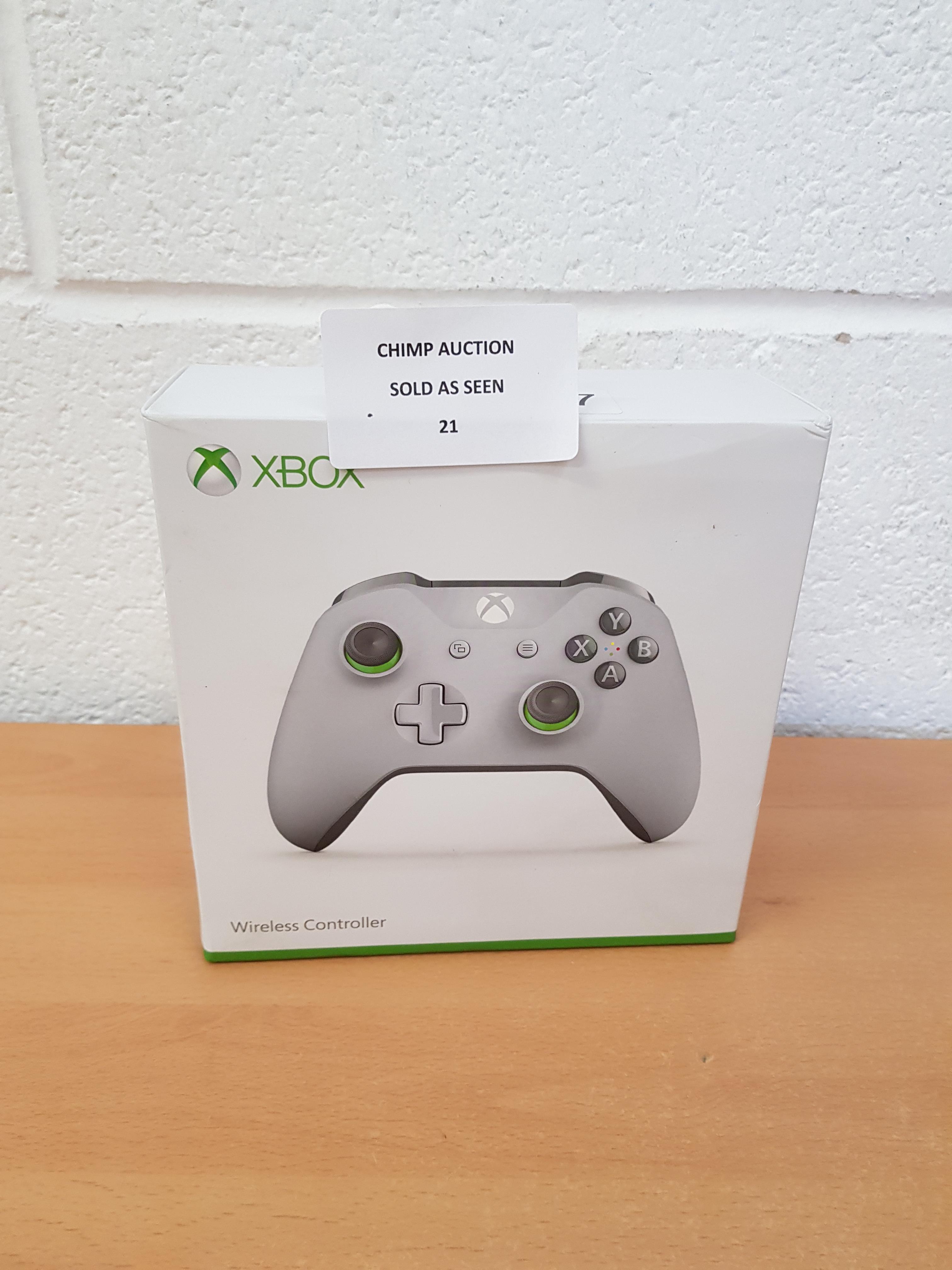 Lot 21 - Microsoft Xbox One Wireless Controller RP £59.99