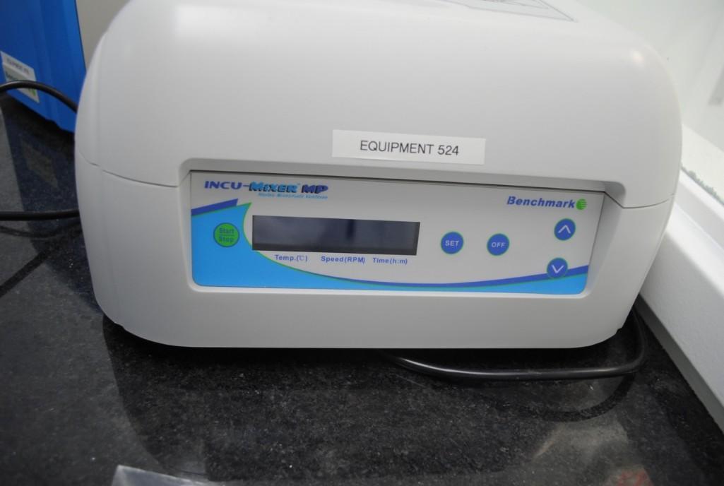 Lot 67 - Benchmark Plate Incubator