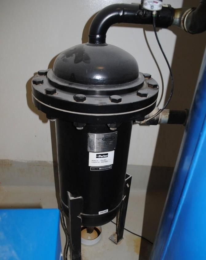 Lot 10 - Parker Filter Cartridge System
