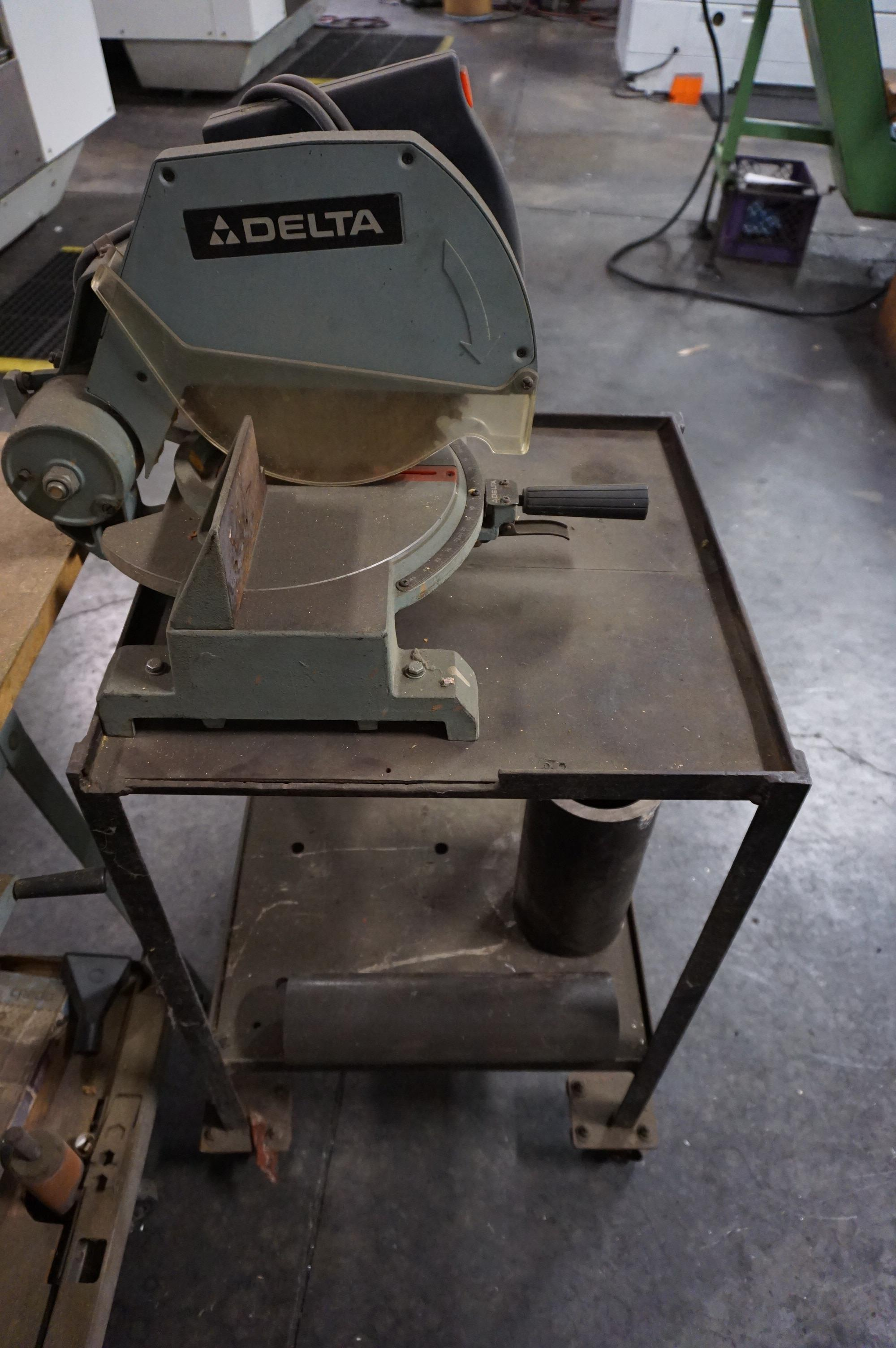 """LOT TO INCLUDE: DELTA MODEL 10 RADIAL ARM TABLE SAW, DELTA 10"""" MITER SAW MODEL 34-080 - Image 5 of 6"""