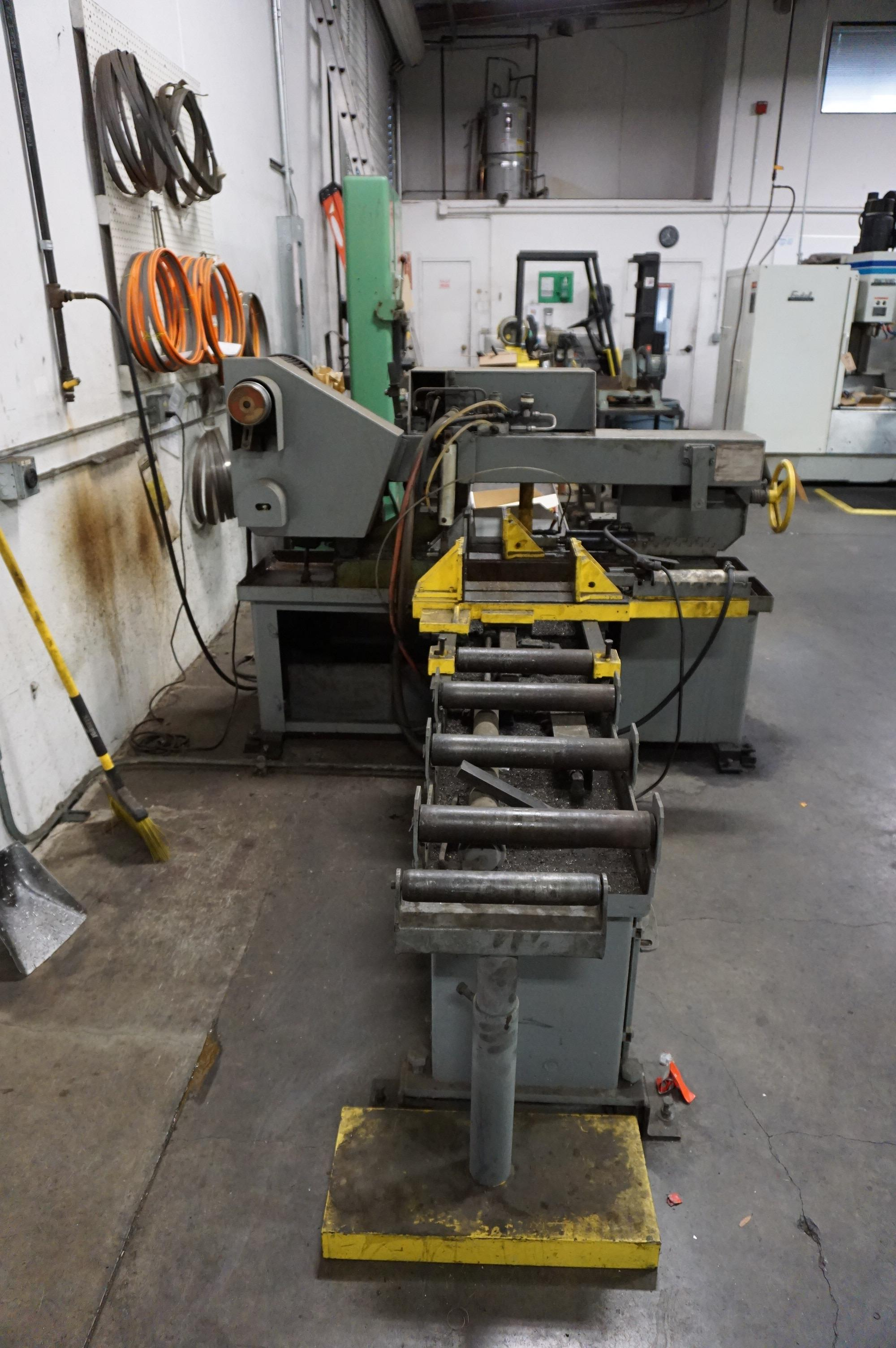DO-ALL C-912A AUTOMATIC HORIZONTAL CUTTING BANDSAW, WITH MANUALS AND NEW BAND SAW BLADES - Image 5 of 6