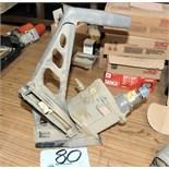 Senco SHF50; Pneumatic Flooring Cleat Gun