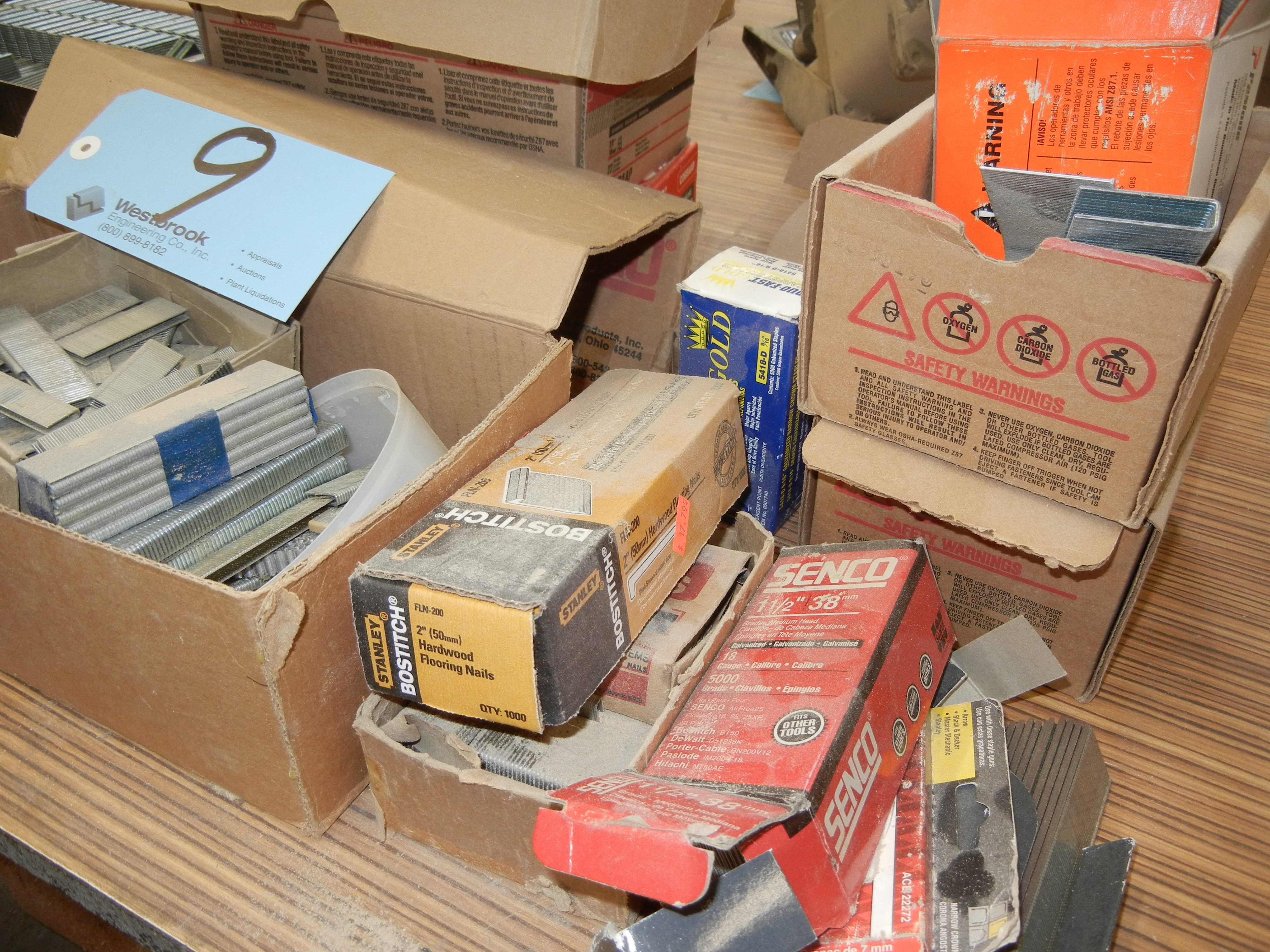 Lot-Assorted Staples and Crown Fasteners - Image 4 of 4