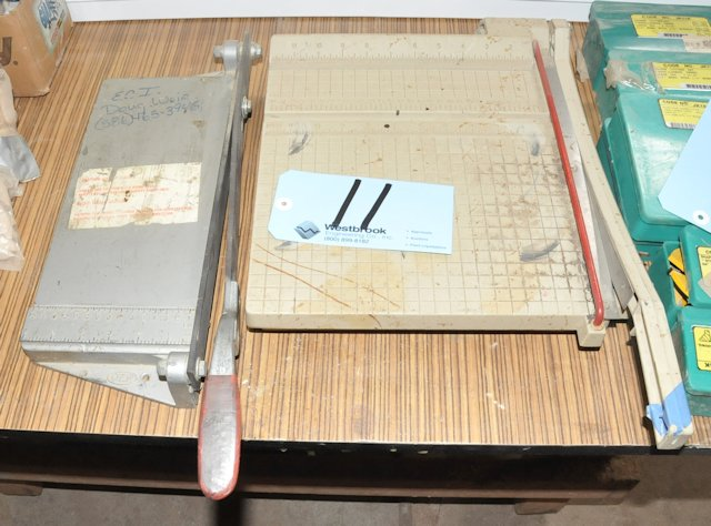 Lot-(2) Assorted Bench Top Cutters