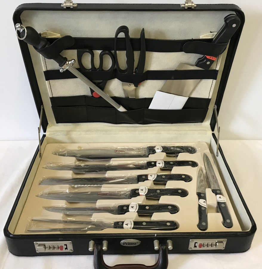 Lot 1039 - A set of chef's knives by Prima.