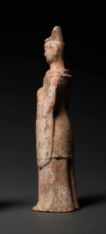 HÖFLING Terrakotta mit Bemalung. China, Wei-Dynastie (5. bis 6. Jh.) Eine seltene Figur aus einem - Image 4 of 5