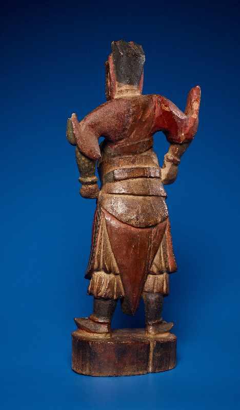 ZWEI GOTTHEITEN Holz mit Farben und Vergoldung. China, sp. Qing-Dynastie, 19. Jh. Zwei Figuren aus - Image 5 of 9