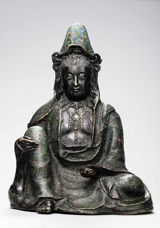 Sitzende Göttin GuanyinBronze. , 17. Jh Seltene große Darstellung des populären Bodhisattva