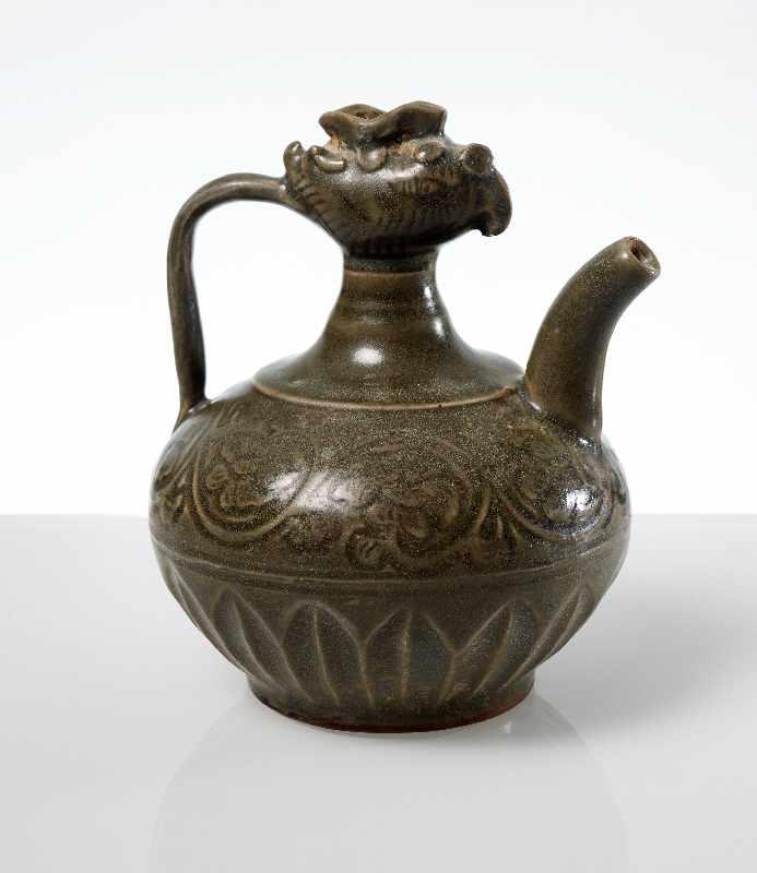VASE MIT PHÖNIX-KOPF Steingut. China, möglicherweise Song- bis Yuan, ca. 13. bis 14. Jh. Kleine - Image 2 of 6