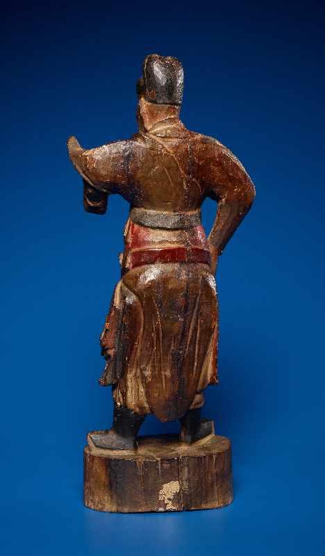 ZWEI GOTTHEITEN Holz mit Farben und Vergoldung. China, sp. Qing-Dynastie, 19. Jh. Zwei Figuren aus - Image 9 of 9