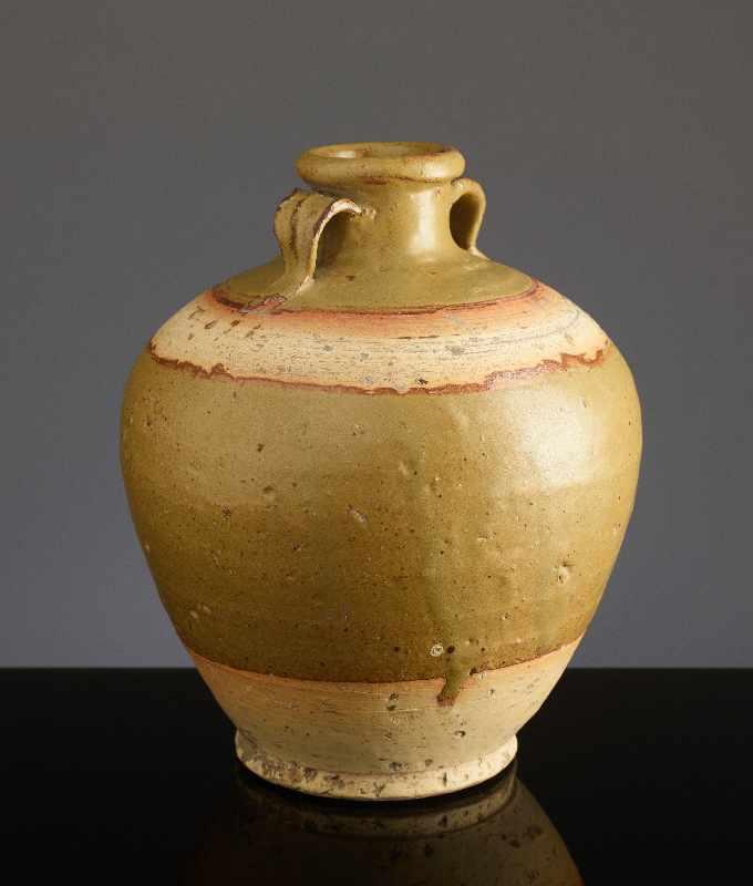 KUGELIGES TOPFGEFÄSSGlasierte Henan-Keramik. China, Ming bis Qing, ca. 16. Jh. – 18.Jh. Kugelige - Image 2 of 6