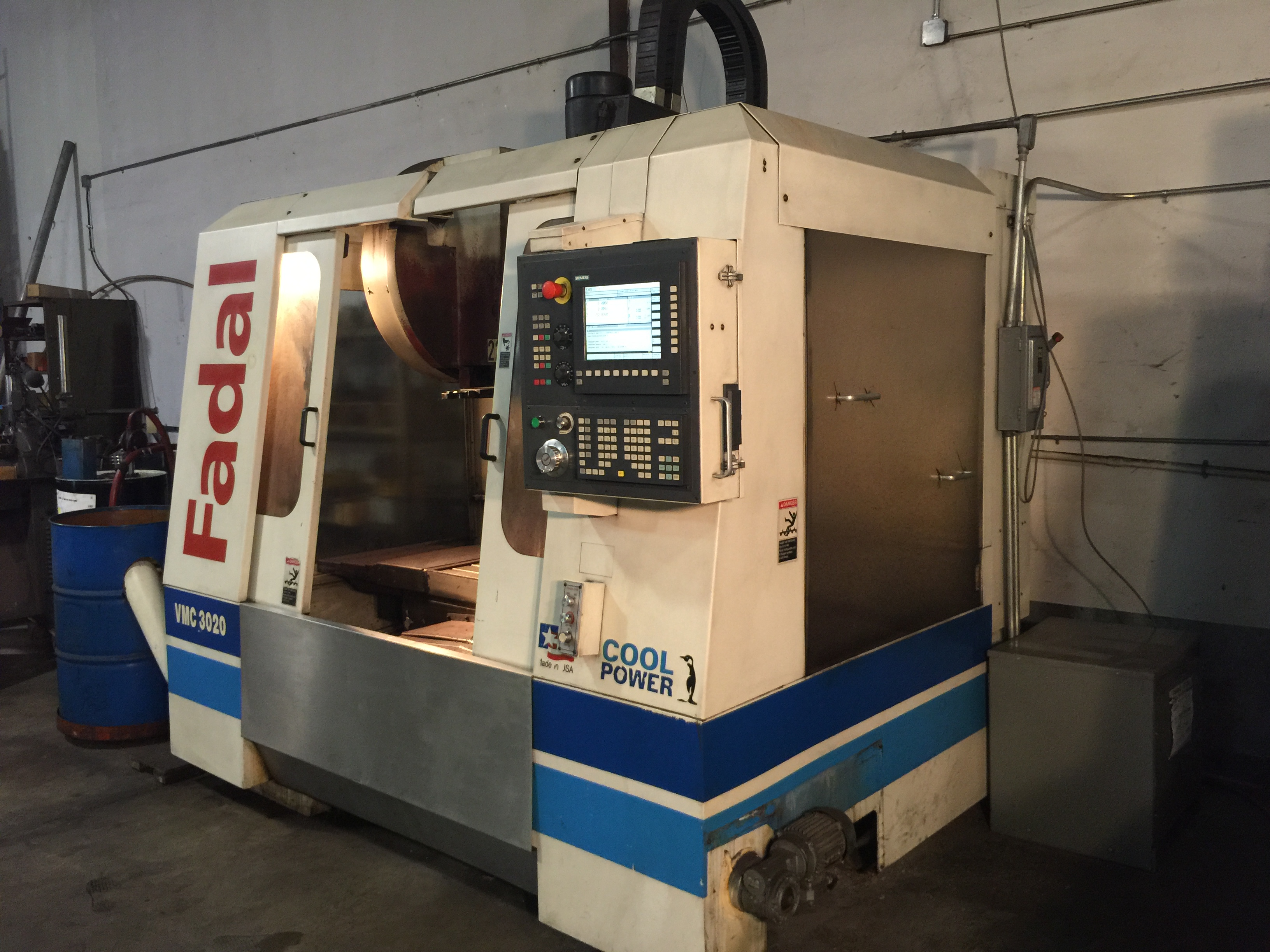 "Lot 6 - CNC VERTICAL MACHINING CENTER, FADAL MDL. 3020, new 2000, 3 axis, Siemens CNC control, 20"" x 40"" T-"