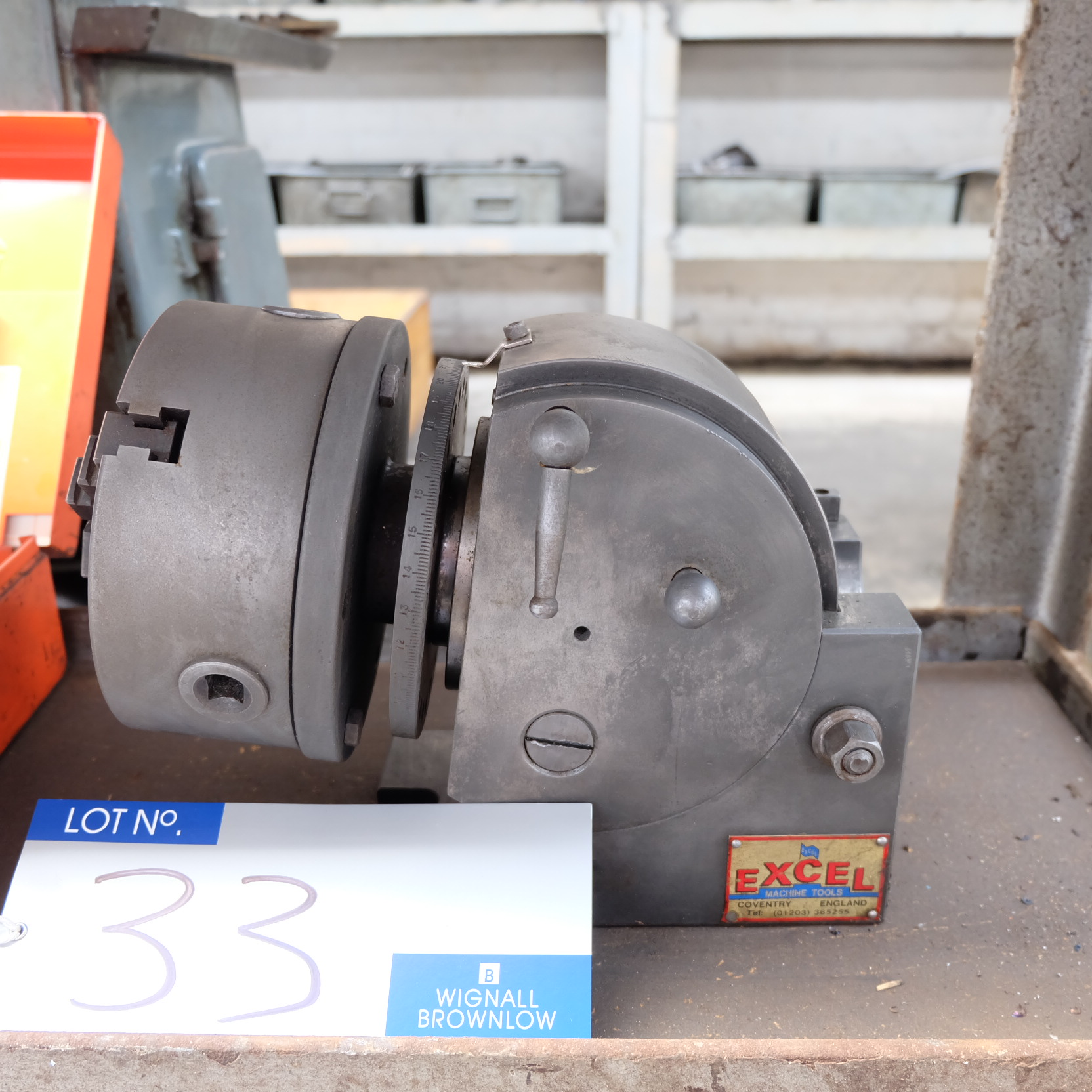 Lot 33 - An Excel Dividing Head: 6in 3 jaw chuck, 5in centre height.