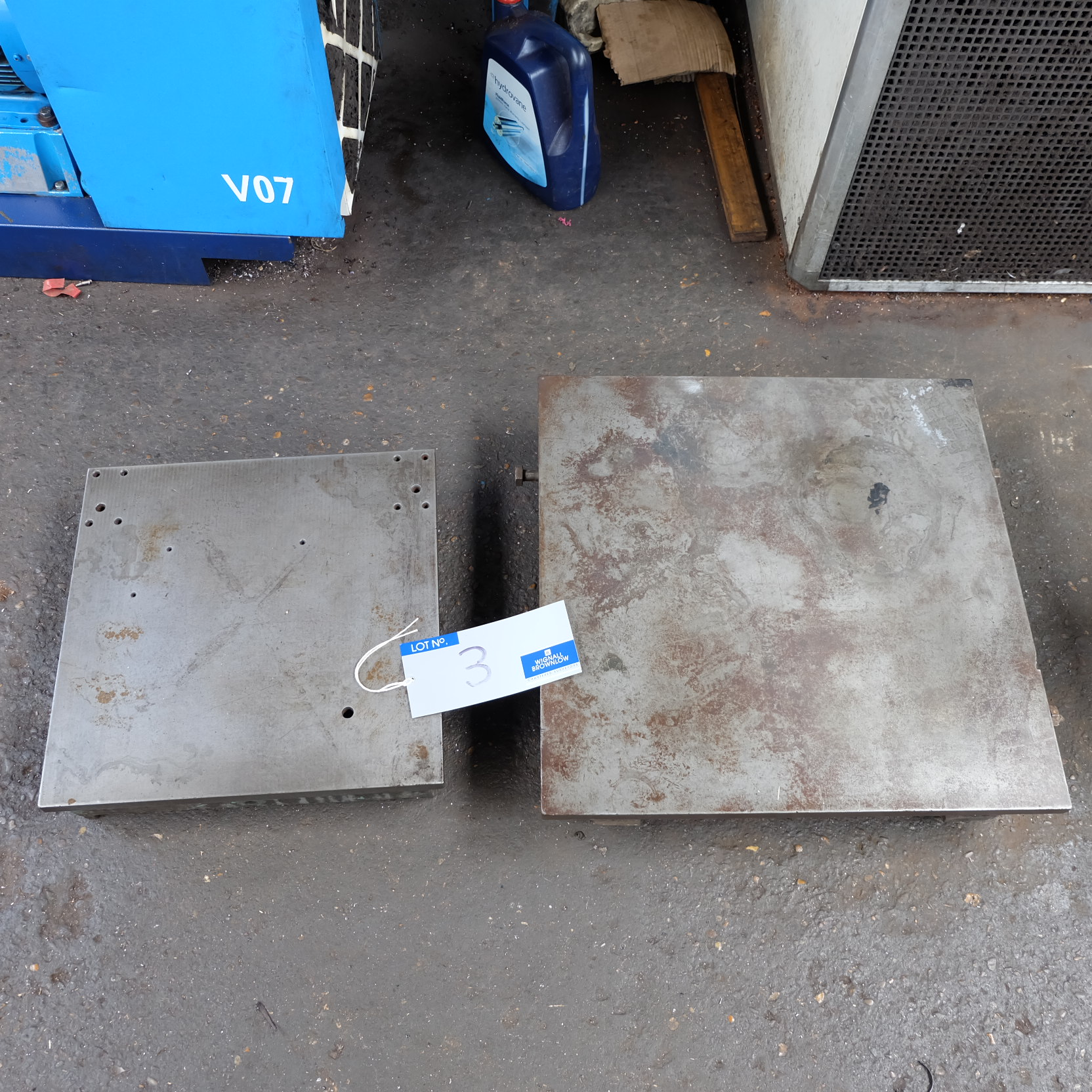 Lot 3 - 2 Cast Iron Surface Plates: 24in x 24in, 18in x 18in.