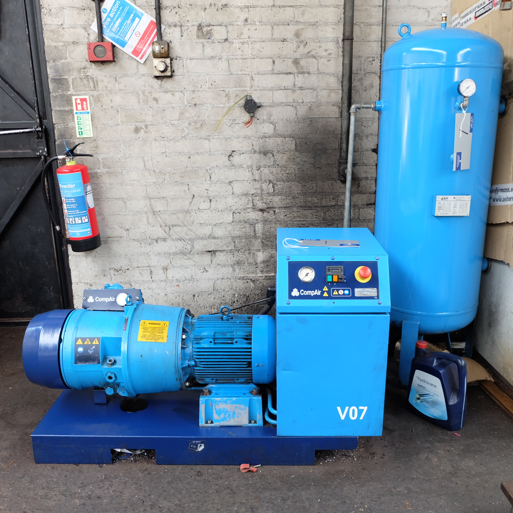 Lot 1 - A CompAir V07 Model 707PSAS07-4035S000 Rotary Air Compressor No.707-005803-0107, 1460rpm, 7.5kW with