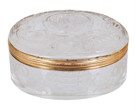 A GOLD-MOUNTED GLASS SNUFF BOX, UNMARKED, PROBABLY J. & L. LOBMEYR OF VIENNA, CIRCA 1880 oval, the sides engraved with conch-