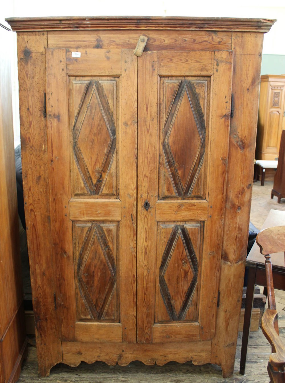 Lot 1024 - A 19th Century French pine two door cupboard