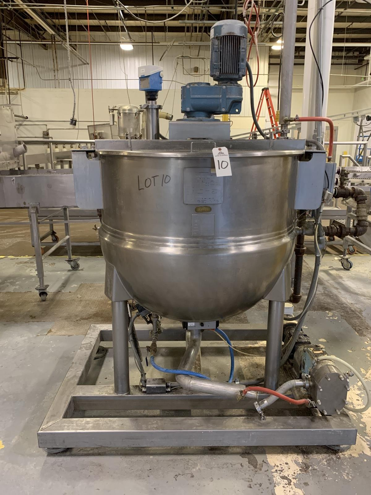 Lot 10 - 2003 Hamilton 150 Gallon Sweep Scrape Agitated Kettle, 125 PSI Jacket with Onboard   Rig Fee: 400