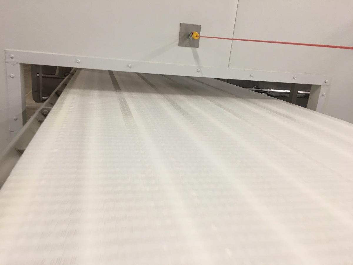 Lot 1A - 2013 Intralox Conveyor, Stainless Steel Frame, 48in Wide Belt, 48Ft Ov   Insp by Appt   Rig Fee: 500