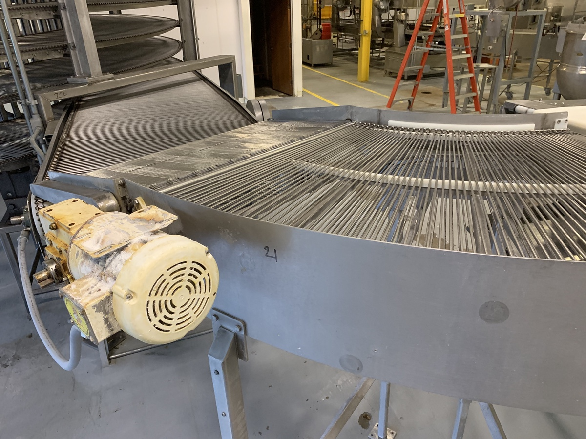 "Lot 21 - Stainless Steel 45 Degree Conveyor, 36"" Wide Belt 