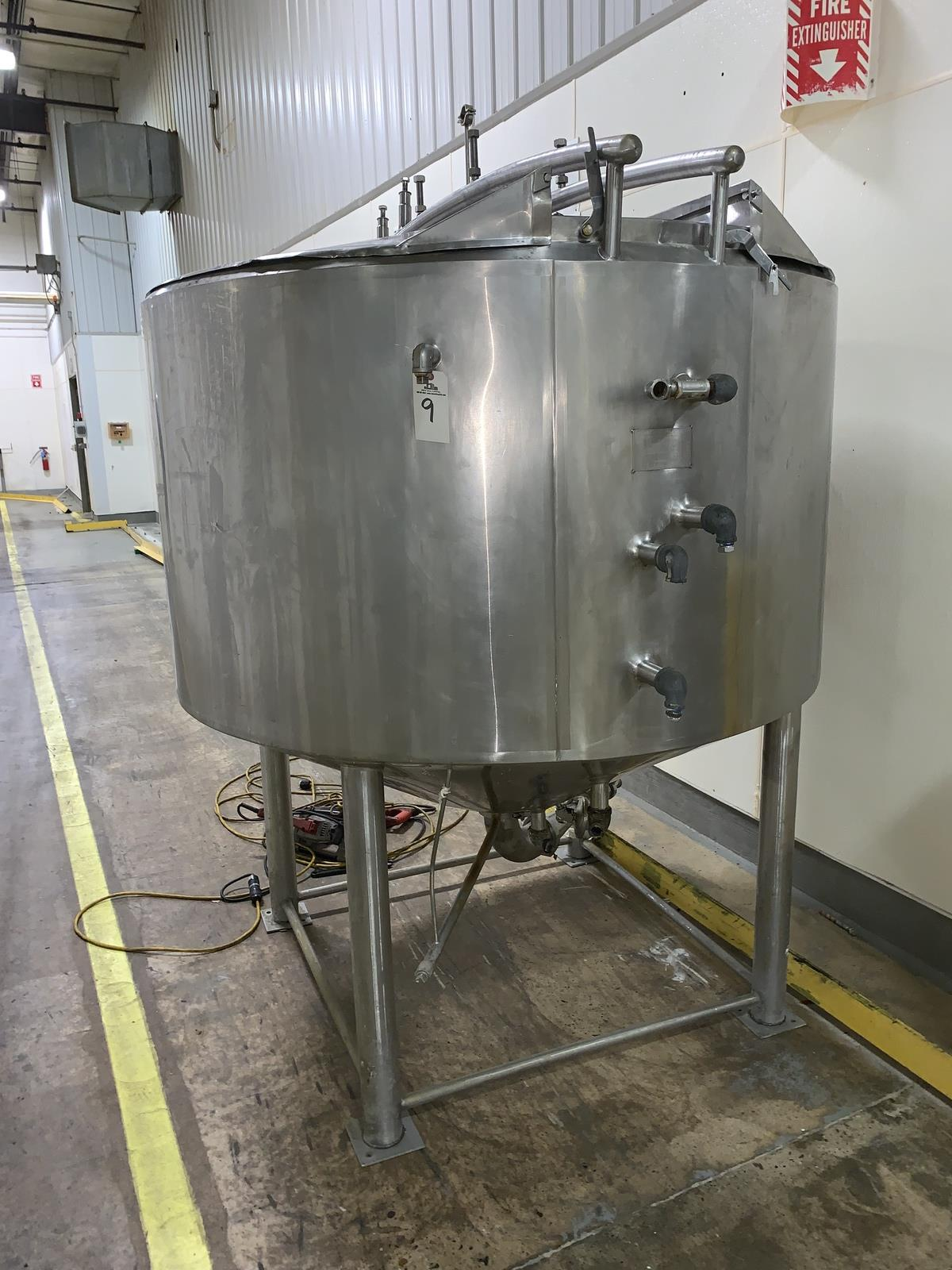 Lot 9 - Cherry Burrell 700 Gallon Stainless Steel Jacketed Storage Tank, 115 PSI @ 350F, 40 | Rig Fee: 400