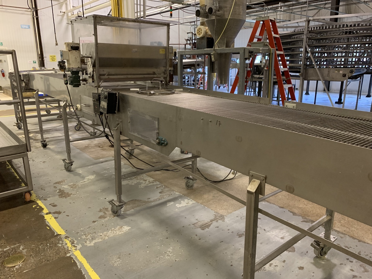 "Lot 17 - Cooling Conveyor with Depositor , 37"" Wide Belt with 3.5"" Clearance Under Dry Depos 