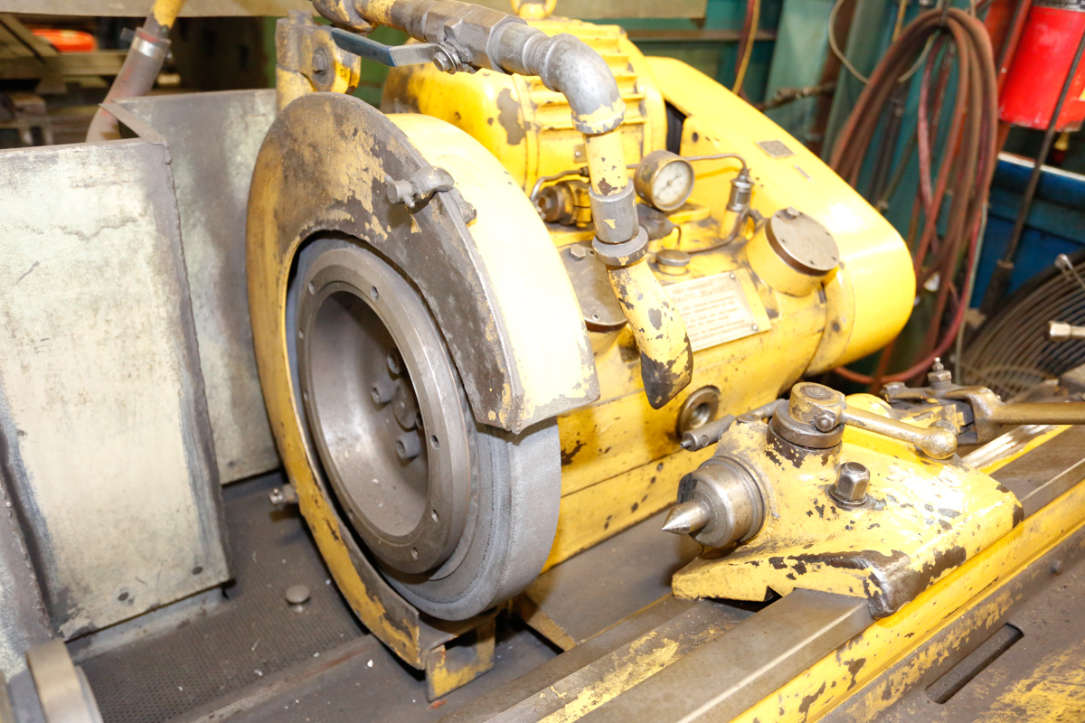 "Lot 6 - CHURCHILL CYLINDRICAL GRINDER, 18"" MAX WHEEL DIA., 1270 RPM"