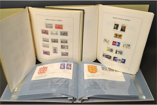 Stamp Albums - Davo album 62 removable pages USA 1847-1944