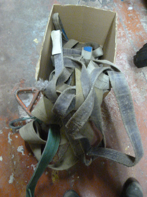 Lot 364 - *Box of Industrial Straps