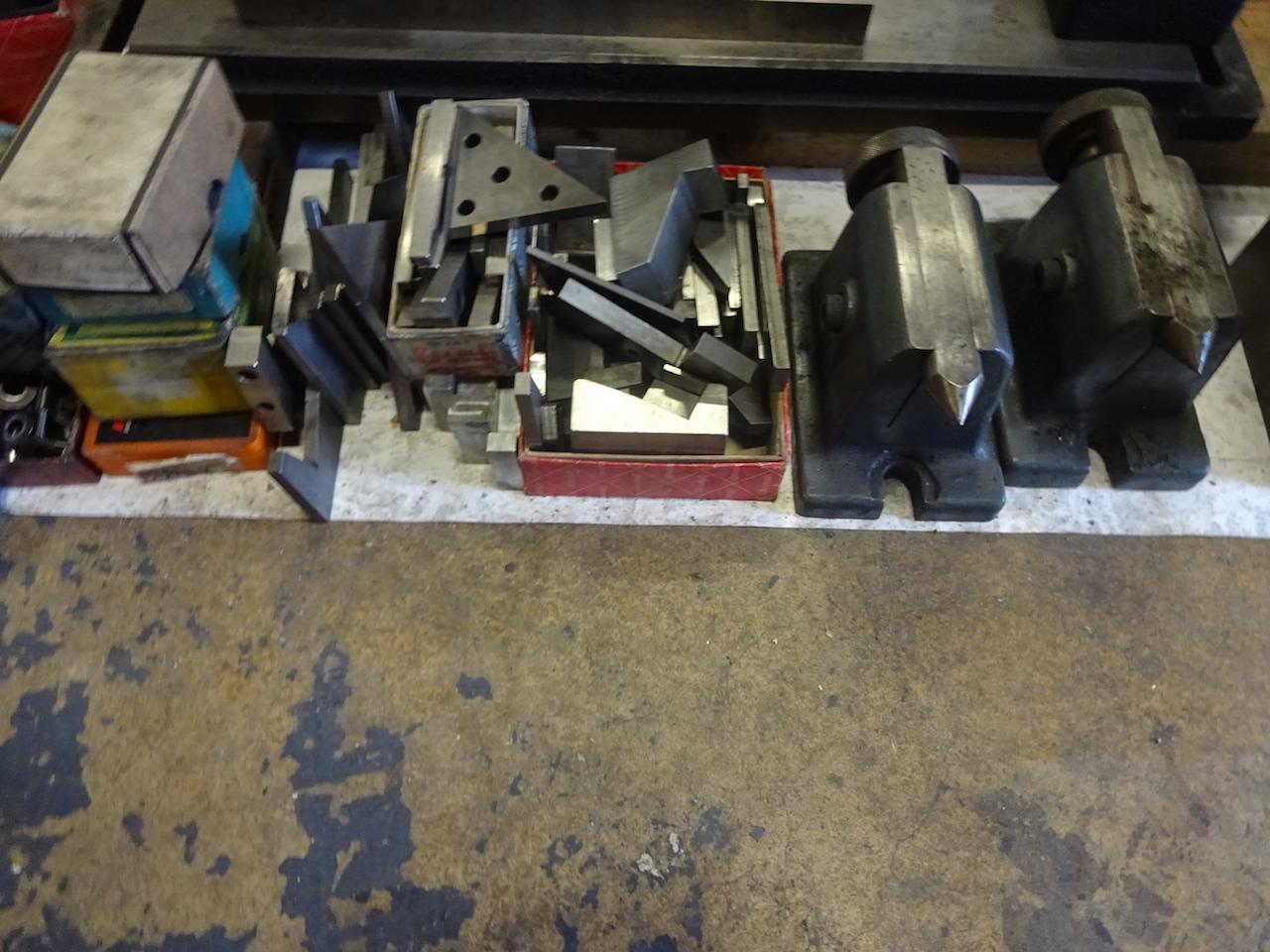 Lot 34 - LOT: Assorted Parts