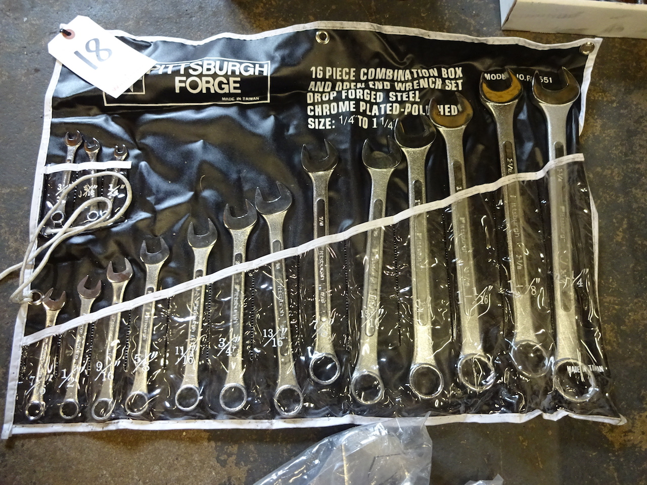 Lot 18 - Pittsburgh Forge 16-Piece Combination Box & Open End Wrench Set, 1/4 in. to 1-1/4 in.