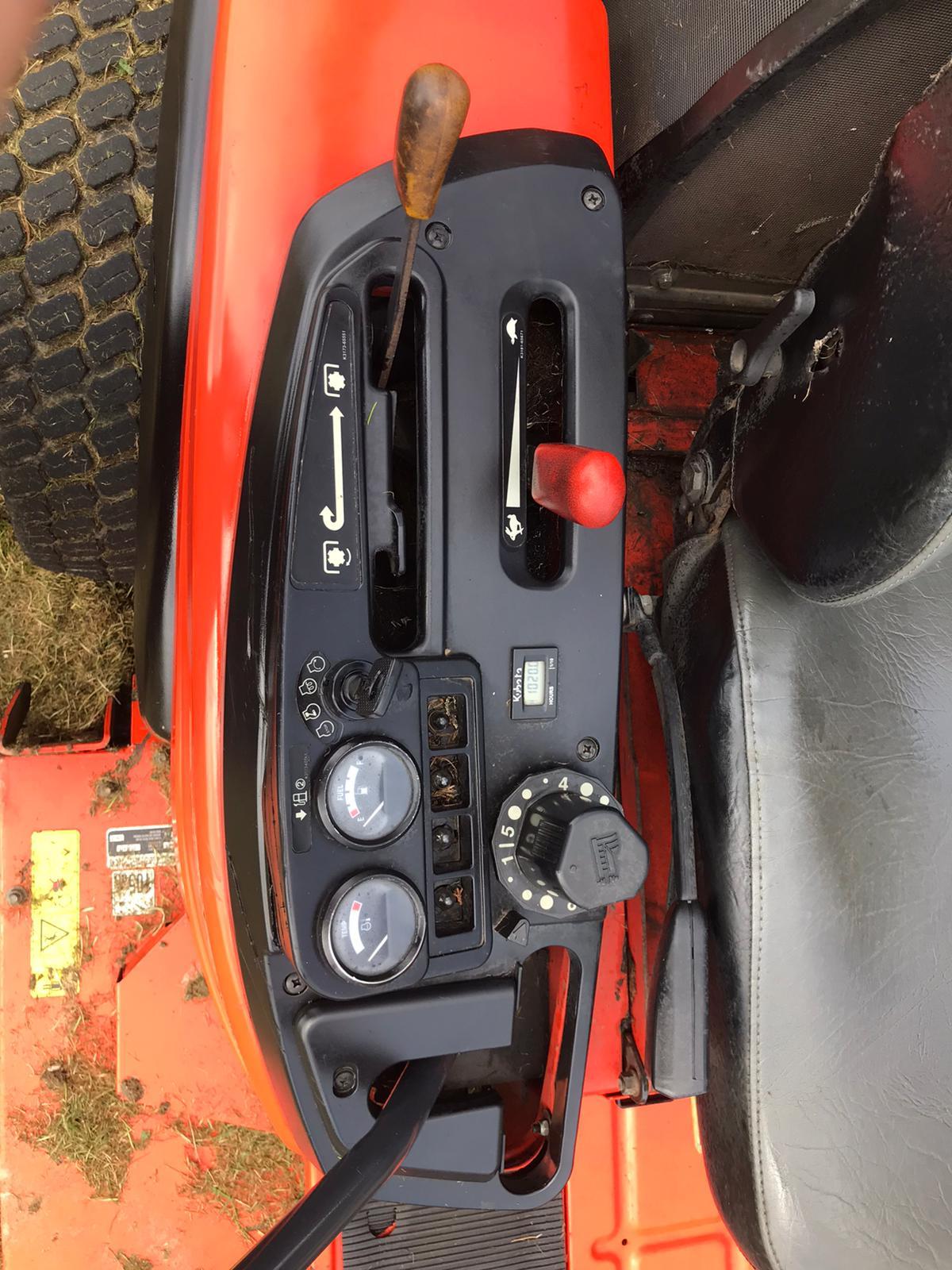 2013 KUBOTA ZD326 ZERO TURN RIDE ON LAWN MOWER, RUNS, DRIVES AND CUTS, 1020 HOURS *PLUS VAT* - Image 5 of 6