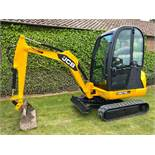 JCB 8018 CTS MINI DIGGER, YEAR 2012, ONLY 1680 HOURS, C/W 3 BUCKETS, EXPANDING TRACKS, QUICK HITCH
