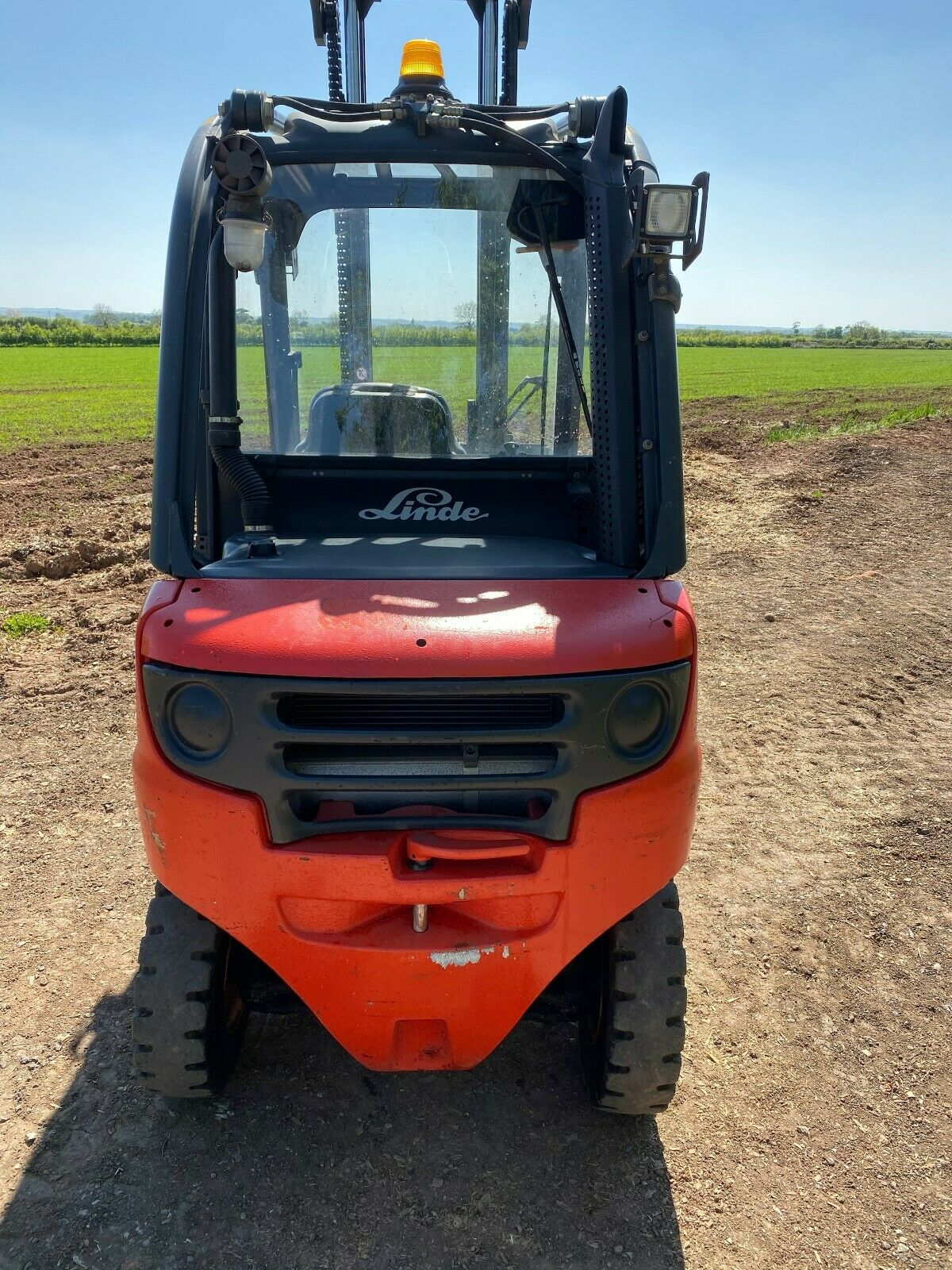 LINDE 2.5 TON, MODEL: H25D, 3.7 METRE LIFT, DUPLEX, SIDE SHIFT, ONLY 600 HOURS FROM NEW, 1 OWNER - Image 3 of 4