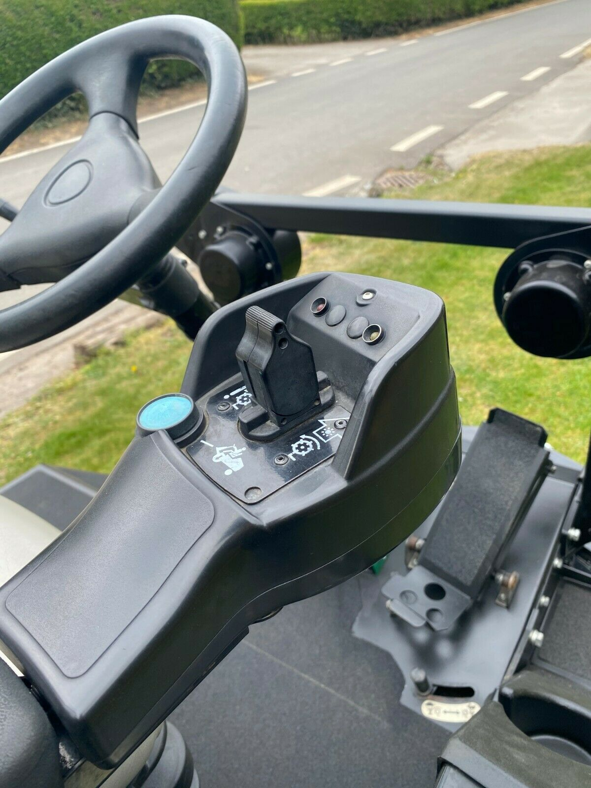 """RANSOMES HR3300T UPFRONT ROTARY, 60"""" CUT, 4x4, DIESEL, YEAR 2014, RIDE ON MOWER *PLUS VAT* - Image 10 of 10"""