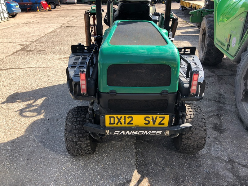 Lot 7 - Ransomes Parkway 3 ride on mower Registration No. DX12 SVZ Hours: 592 (service required